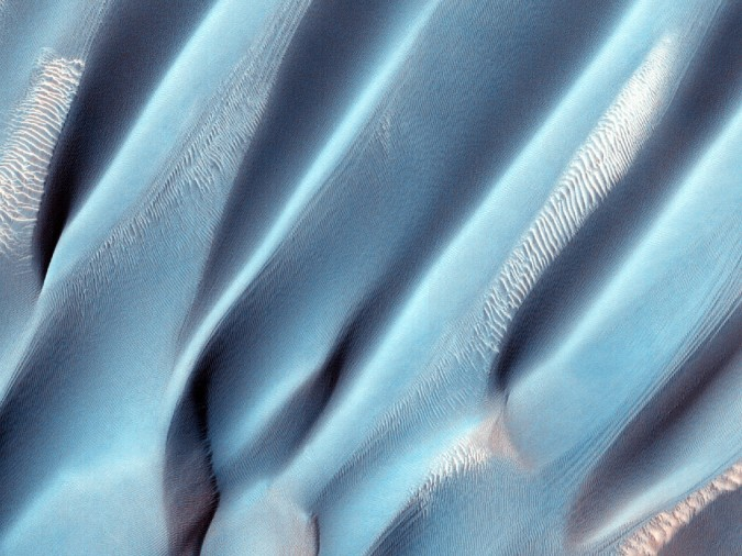 surface de Mars, avec la permission de HiRISE13