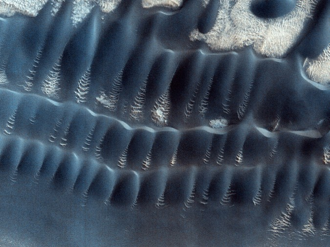 surface de Mars, avec la permission de HiRISE3