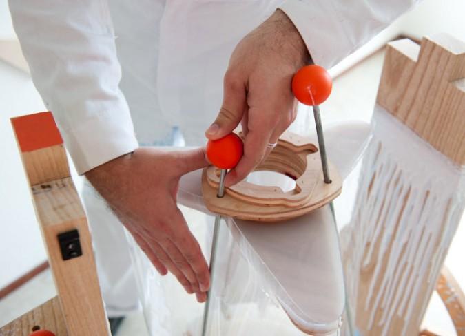 Centrifuge-machine-créer-tabourets-design-bois-brut-blog-7